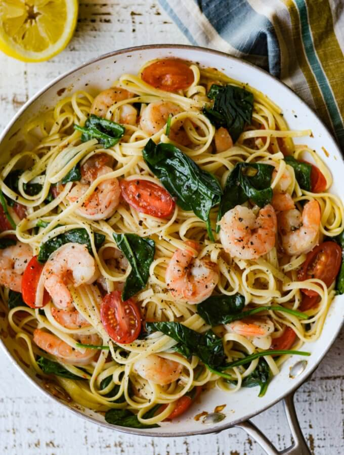 Shrimp Scampi Pasta with Spinach and Cherry Tomatoes